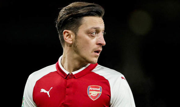 BREAKING: Mesut Ozil Signs Arsenal Contract Extension