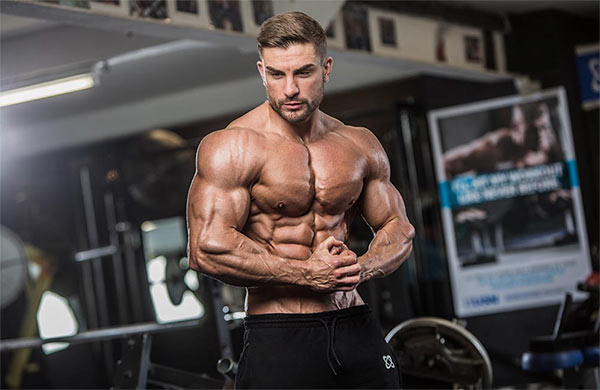 Ryan Terry – From Plumber to IFBB Pro Men's Physique Bodybuilder