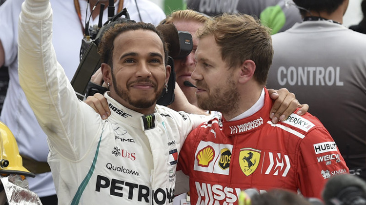 lewis-hamilton-clinches-fifth-f1-world-championship-title1